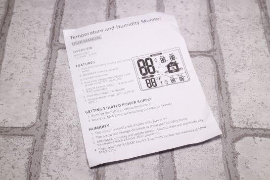 説明書は英語のみ対応で日本語には対応していません。 ですが電池を入れるだけで使える簡単設計なので特に説明書は必要ありません。