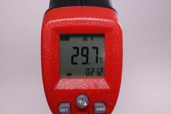 続いてこちらは温度の差を測るモードです。 最高温度と最低温度の差を計算できます。 左下の小さい表示が温度差です。