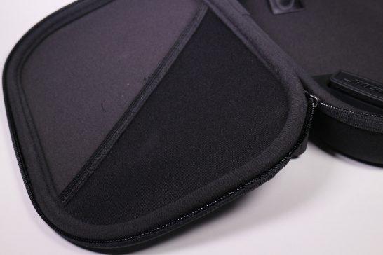 ハードケース フタ側 ポケット