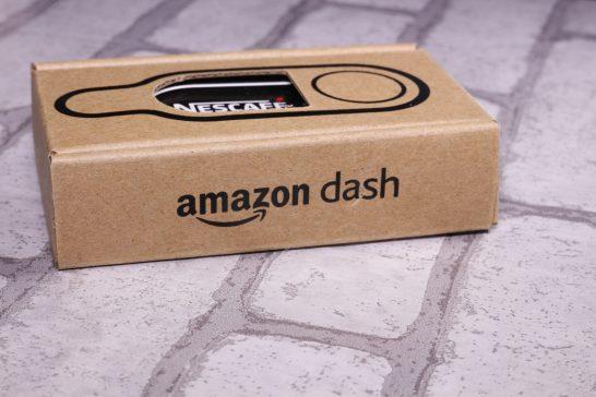 側面にはAmazon Dashの文字